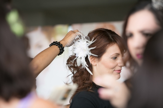 Fascinator and birdcage veil styled by Moderne Beauty